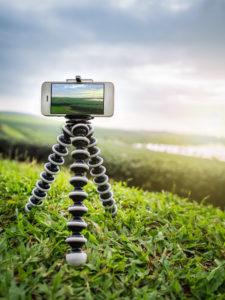 Videodreh mit dem Smartphone: Wer es sich bei der Videobearbeitung nicht schwerer als nötig machen will, sollte diese Punkte beachten.